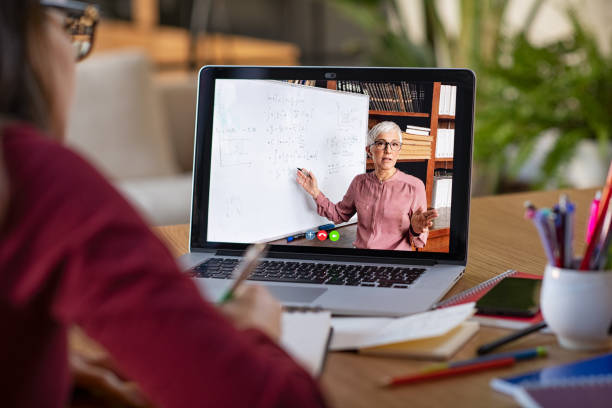 Après le Blended Learning en 2020, priorité aux formations numériques en 2021 ?